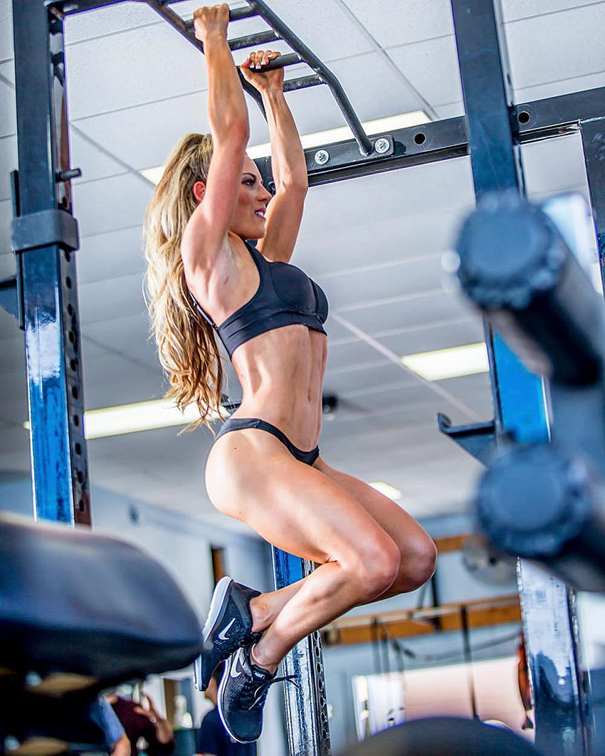 Follow These 10 Hottest Female Fitness Models 2018 and Get Inspired