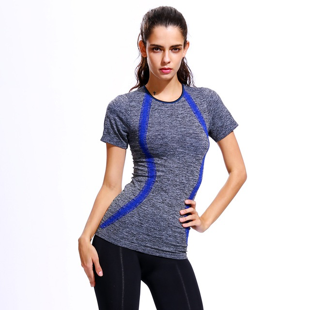 Benefits of Wearing Compression T-Shirt When Working Out