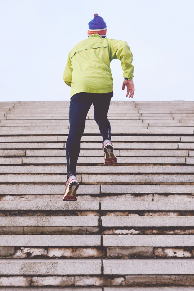 Qualities to Look For in Choosing the Best Running Jacket