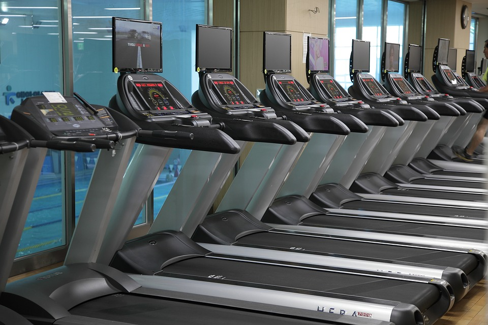 Torch Your Belly Fat with This 30-Minute HIIT Treadmill Workout