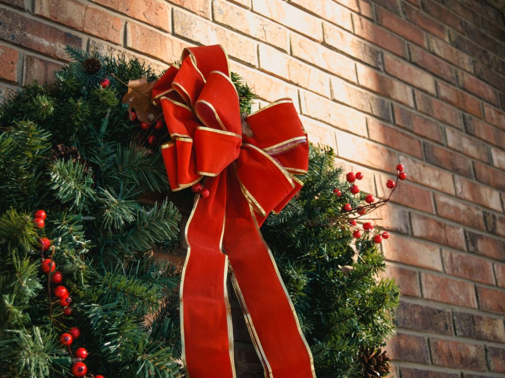 Seven Christmas Wreath DIY Ideas for a Festive Front Door 2018