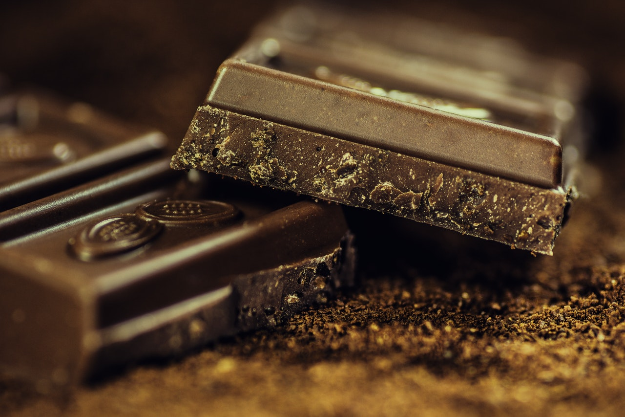 foods-keeping-you-awake-1-chocolate