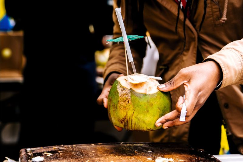 natural-beauty-tips-for-all-skin-type-3-the-power-of-coconut-water