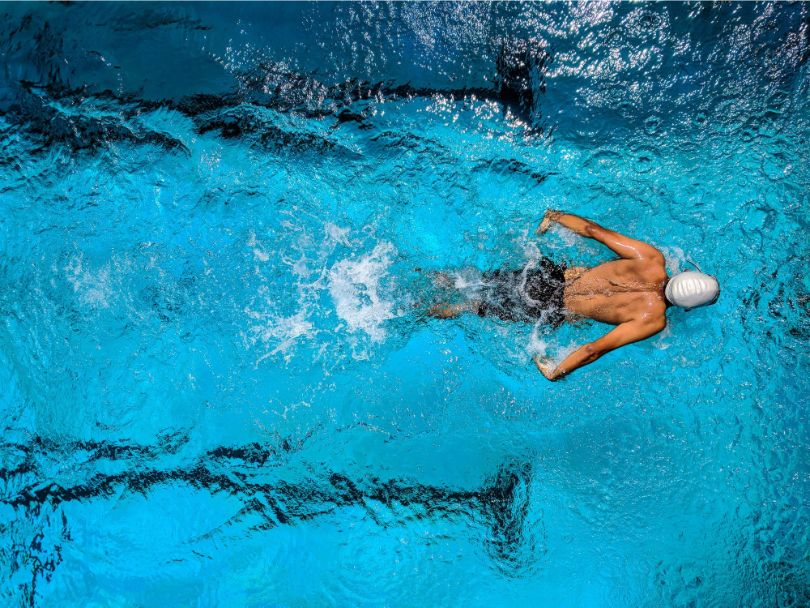 reasons-why-try-sport-workout-5-swimming