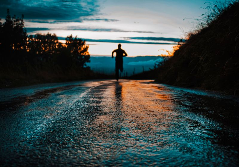 benefits-of-exercising-in-the-rain-2-you-can-achieve-quicker-sessions