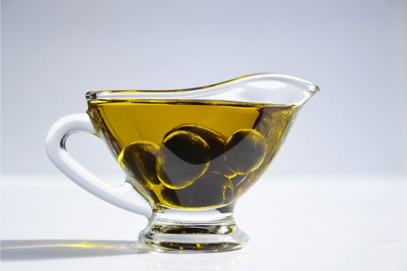 foods-to-combat-the-signs-of-ageing-5-olives