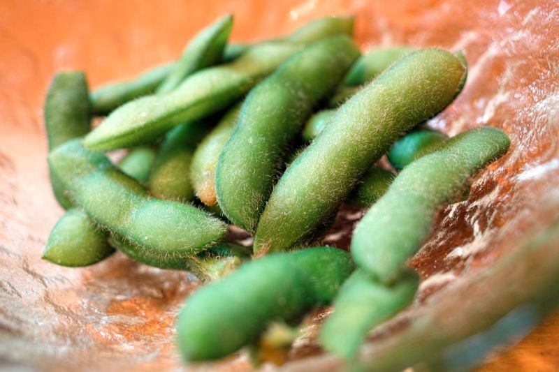 foods-to-combat-the-signs-of-ageing-6-edamame