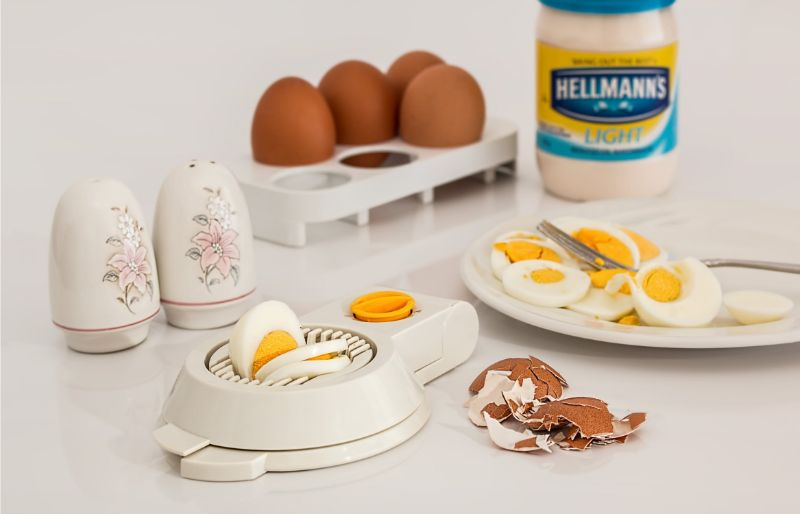 foods-you-should-avoid-before-workout-4-hard-boiled-eggs