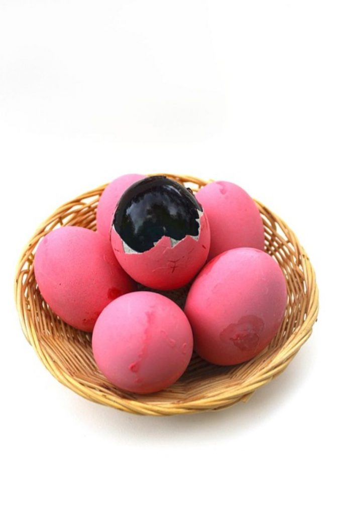 worlds-top-ten-smelliest-foods-6-century-egg